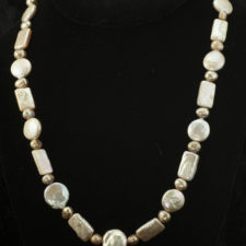 peach coin pearl and stick pearl necklace