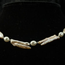 Peachy branched twig pearl necklace