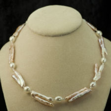 peach-pink twig pearl necklace