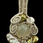 Pendant-fac rose quartz in woven silver with keishi pearls