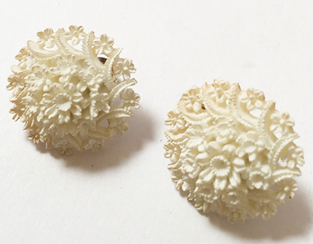 White Carved Celluloid Fl Motif Clip Earrings