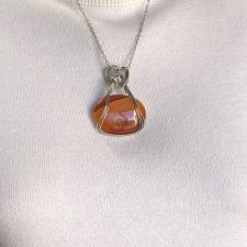 oval agate in sterling silver wire pendant