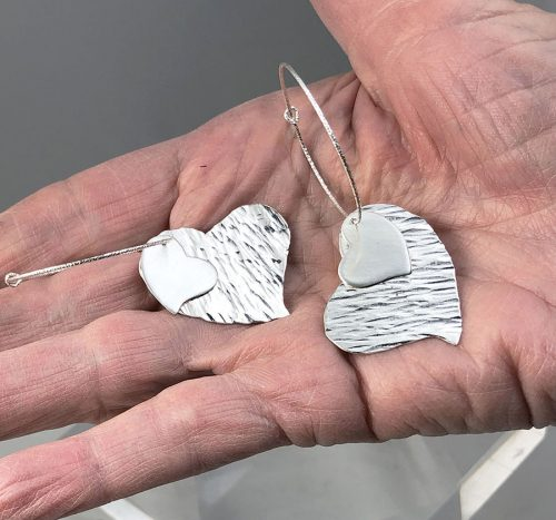 Heart hoop hammered earrings