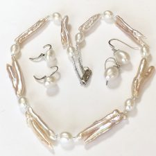 Twig pearl and oval pearl necklace with earring ideas