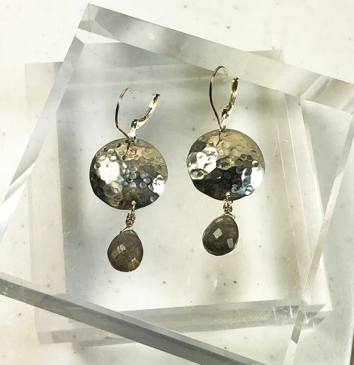 Hammered silver earrings with labradorite brio