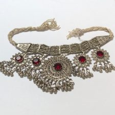 Vintage Middle East necklace with red stones